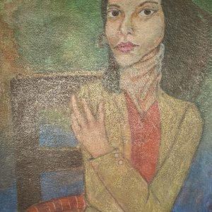 Mujer en silla